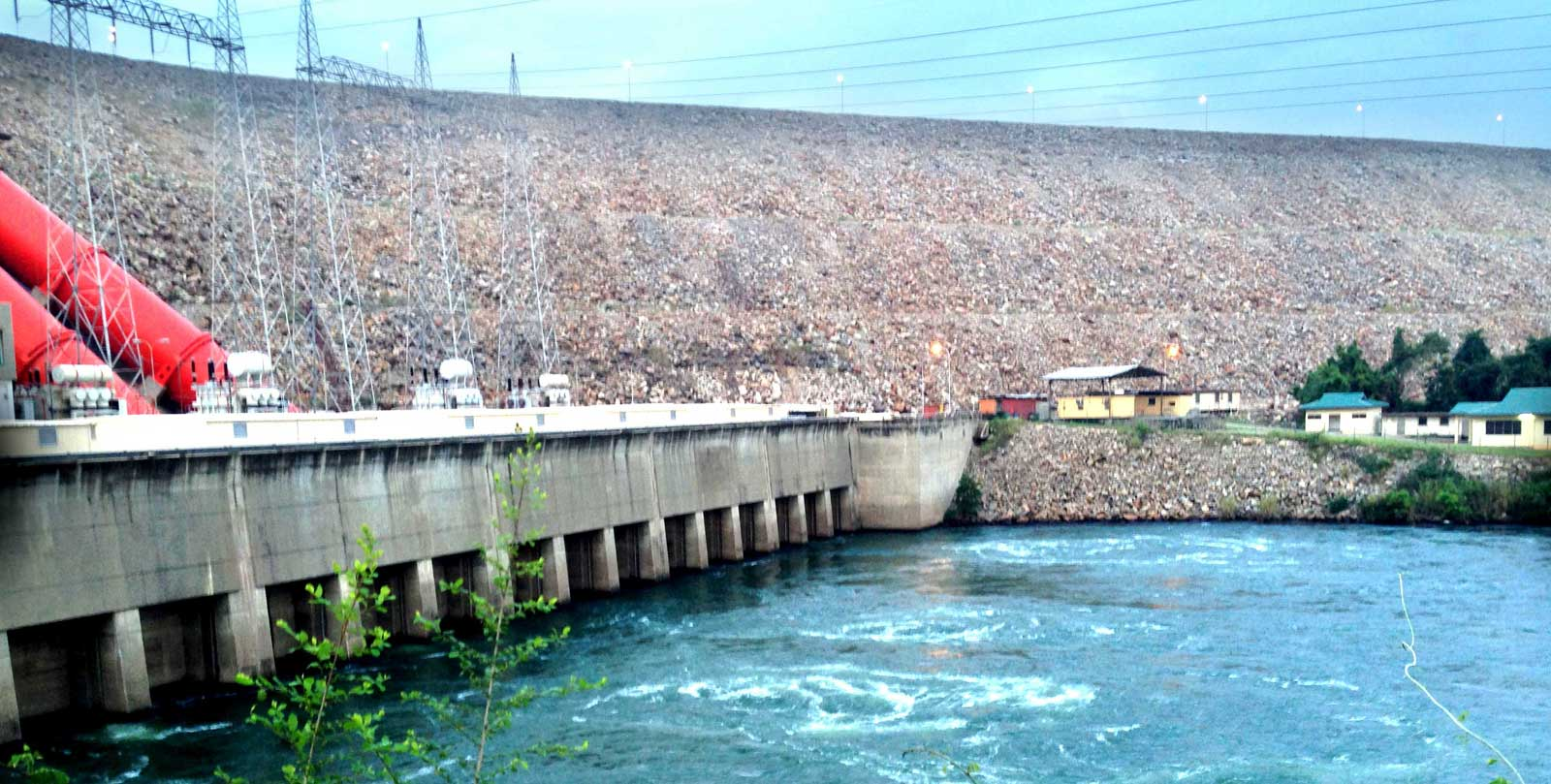 hydro-dam2